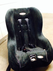 Safe and sound (sleep and recline)Car seat for sale.